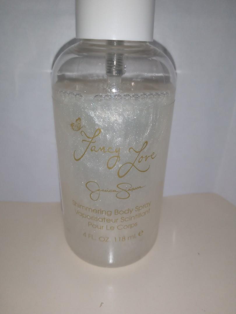 Jessica Simpson -  fancy love shimmering body spray 118ml