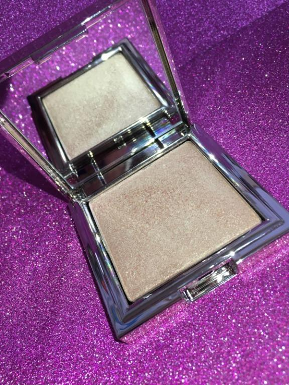 Jouer ILLUMINIZING POWDER HIGHLIGHTER in CITRINE BRAND NEW IN BOX & AUTHENTIC $35 EACH (PRICE IS NOT NEGOTIABLE)