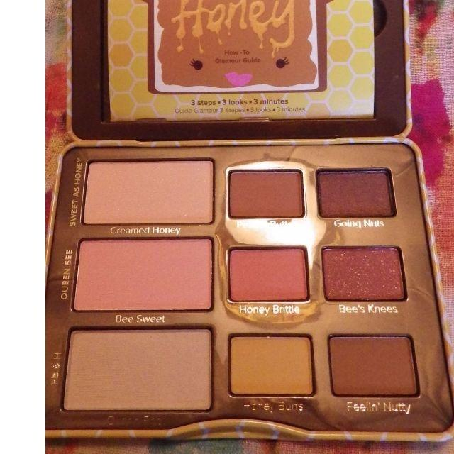 TOO FACED PEANUT BUTTER AND & HONEY EYESHADOW PALETTE SCENTED - NEW & AUTHENTIC [Price is fIrm, No Swaps]