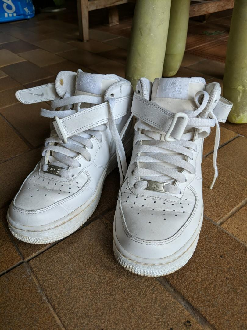 Used Nike Air Force 1 White high cut