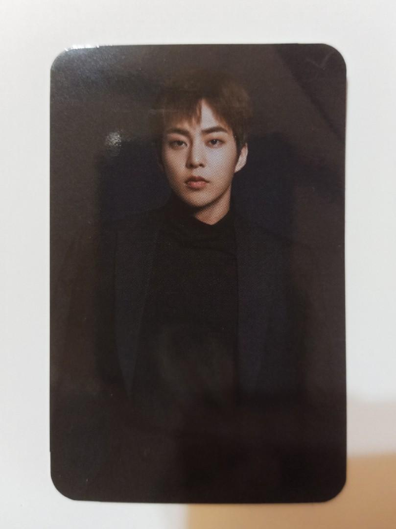 [WTS] EXO LIGHTSTICK VER. 3 XIUMIN OFFICIAL PHOTOCARD