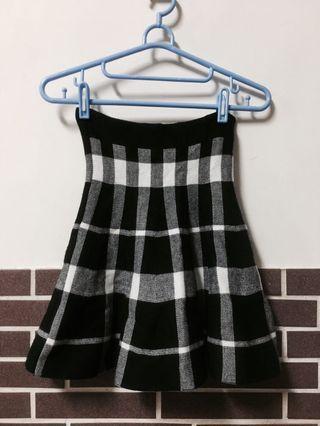 學院格紋厚實針織短裙