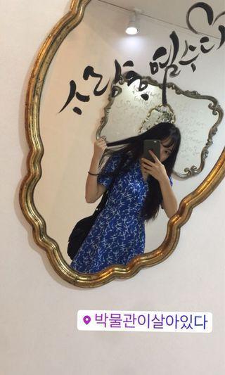 藍色碎花洋裝