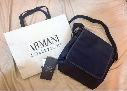 Armani肩背包