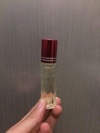 Parfum refill murni avril lavigne