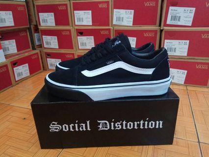 Sepatu Vans Old Skool x Social Distortion Black True White
