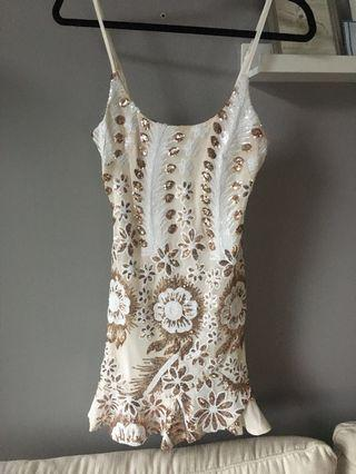 XS Honey White & Gold Dress