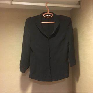 《five pence 五個銅貨 輕薄 小肩墊 素面 黑色 正式 長袖外套》