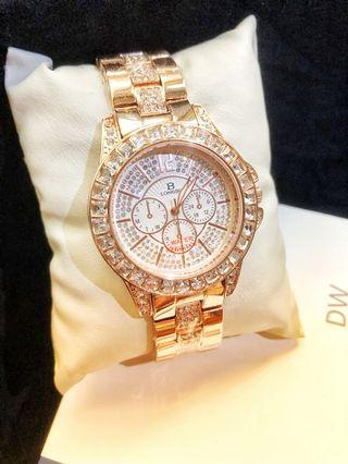 玫瑰金💖時尚貴氣高雅女錶-三眼鋼帶錶