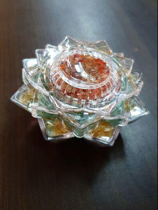 CRYSTAL LOTUS 水晶莲花