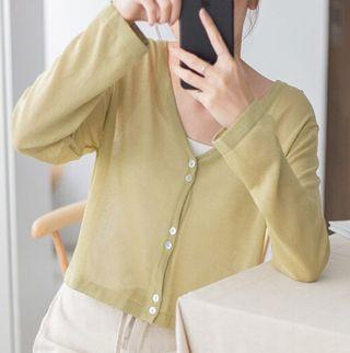 全新! 可實拍 短款排扣防曬衣 薄外套 短版外套短款外套青綠色