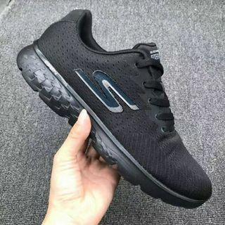 斯凱奇skechers gorun400 男鞋輕質舒適運動慢跑男鞋54354