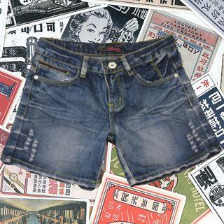 腿顯長の牛仔短褲