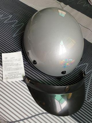 (全新) 半罩式安全帽