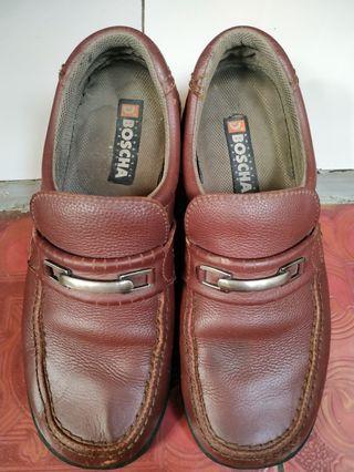 D'boscha (Sepatu Kulit)