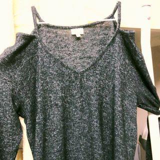 [兩件折百]V領麻花黑長袖上衣