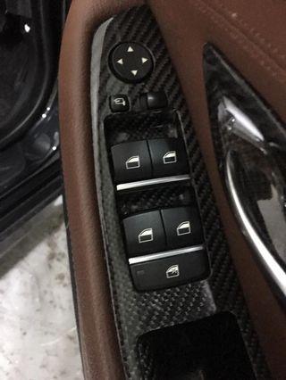 Genuine Robson Design carbon fiber.