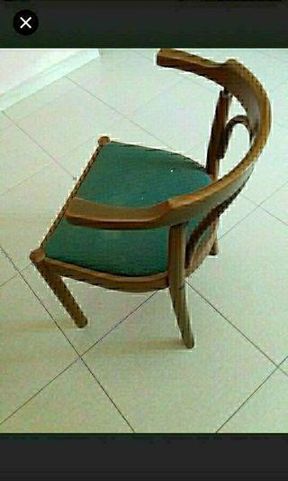 Furniture    Wooden chair    Pick up hougang buangkok mrt