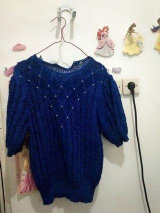 baju rajut biru