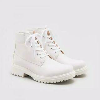 Zara Shoes White Boots