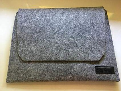 Authentic Hugo Boss Computer Laptop Sleeve