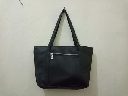 Tas wanita / tas kuliah / tas kerja