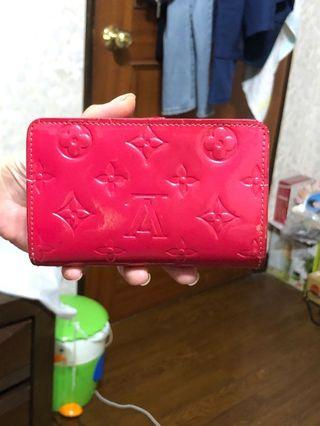 Louis Vuitton 中夾