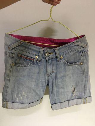 Something牛仔短褲#五折清衣櫃