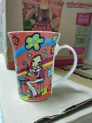Silly girl cup