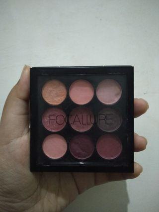 Focallure nine eyeshadow palette