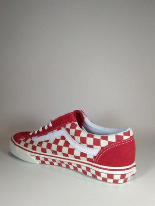 Authentic Vans c-style 36 checker red