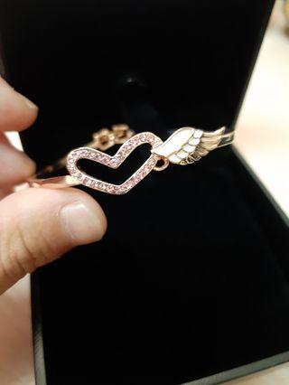 碧翠絲 施華洛世奇水晶元素 玫瑰金 心型天使之翼 手環 手鐲