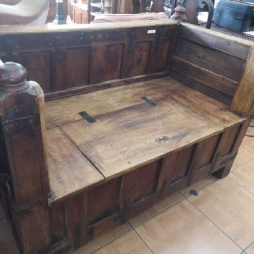 Antique Wooden Storage Bench Home Furniture Furniture Fixtures Tables Chairs On Carousell