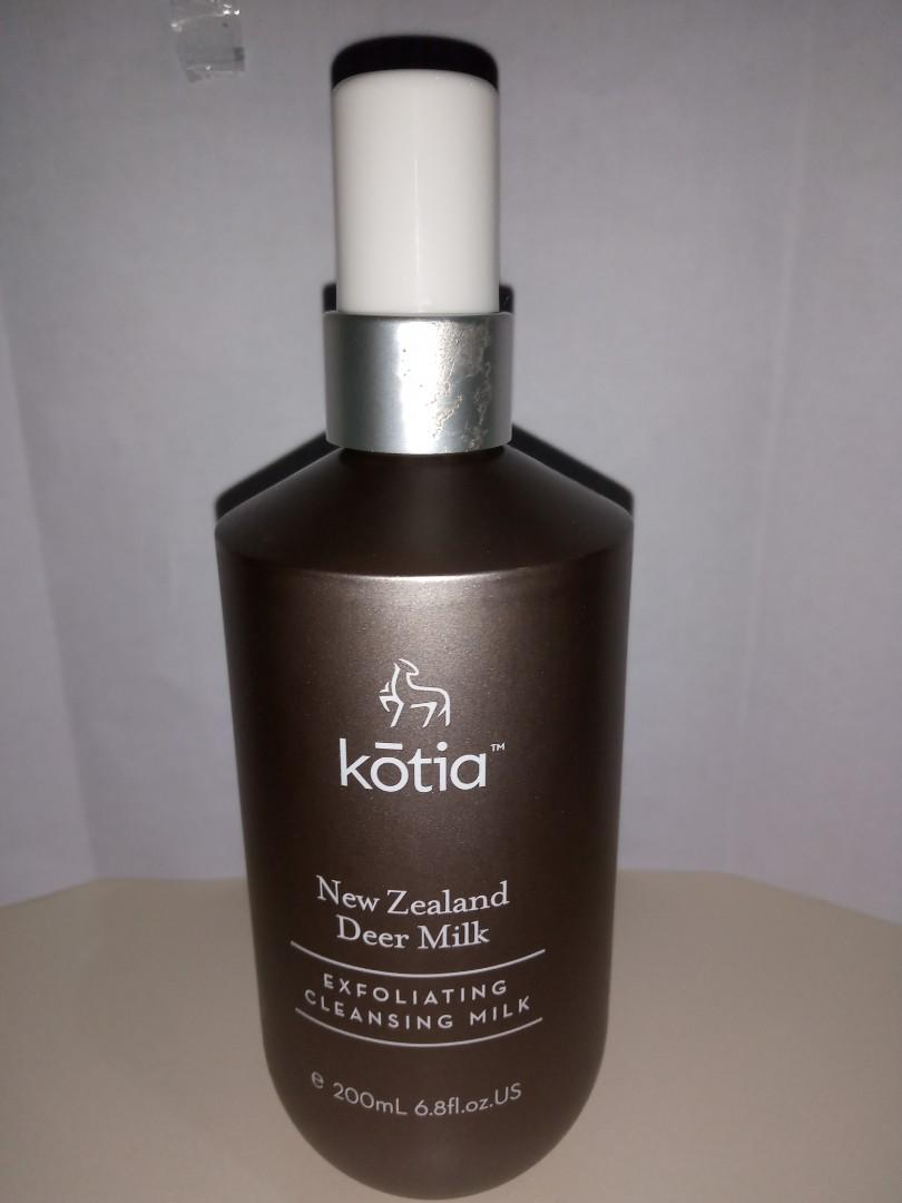 Kotia - deer milk exfoliating cleansing milk 200ml