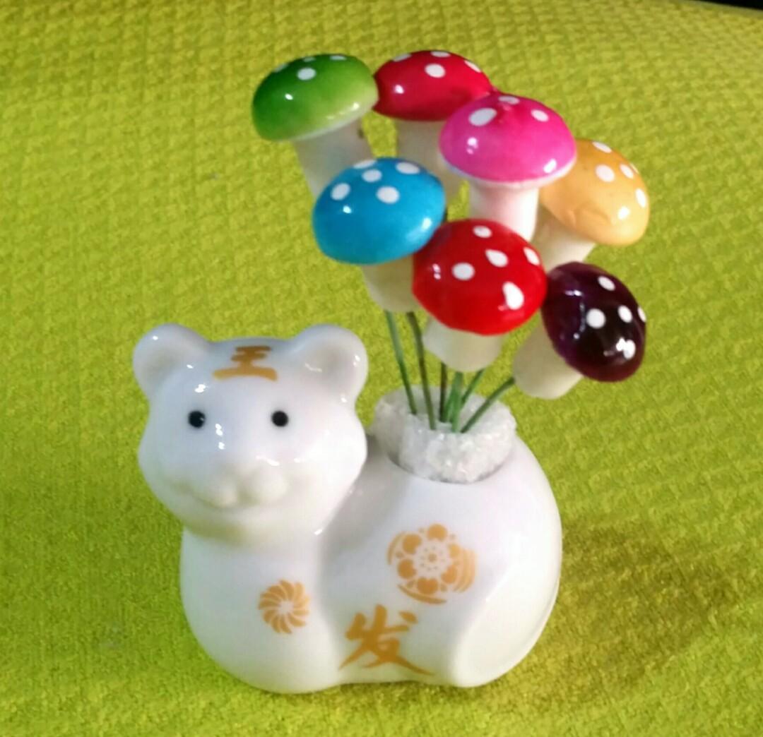 Mini miniature planter pot fairy garden cactus succulent plant cat cute ceramic porcelain landscape tortoise