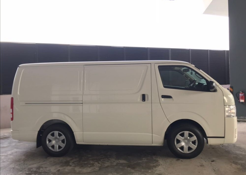 NEW TOYOTA HIACE VAN FOR 3 YEARS RENTAL @ $1,500 PER MONTH!! CALL 9299 4404 NOW!!