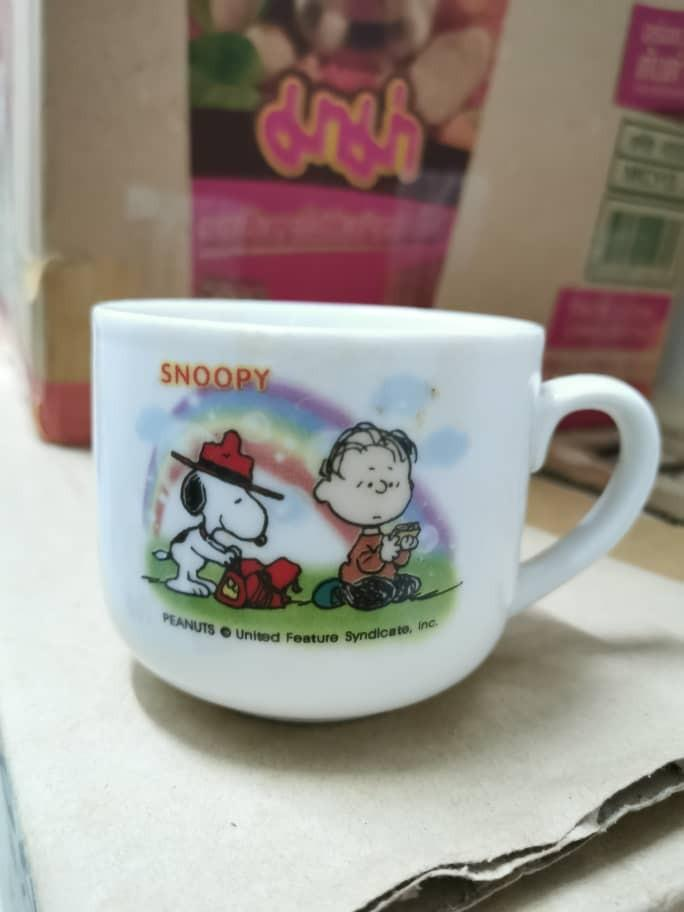 Snoopy cups