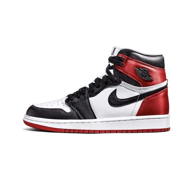 "Women's Air Jordan 1 Retro High OG Satin ""Black toe"""