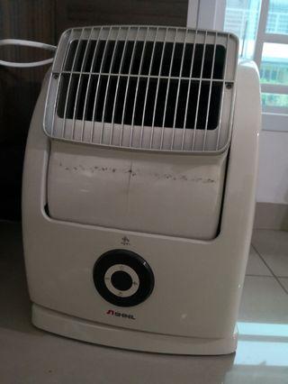 Air blower wirh HEPA filter