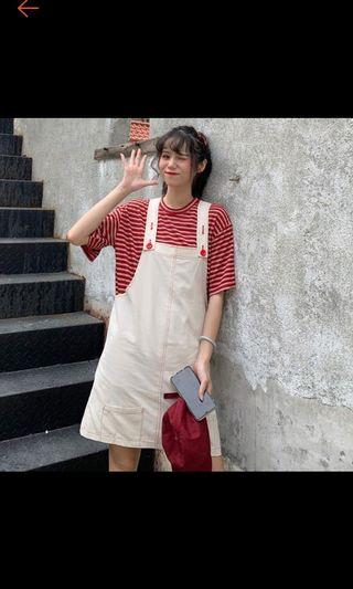 米白紅色鈕扣吊帶裙