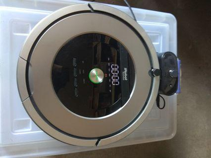 Roomba 860 irobot with new OEM battery installed - no box.