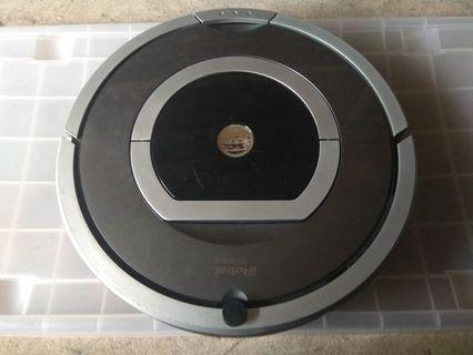 Roomba 780 with new OEM battery