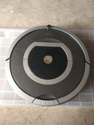 Roomba 780 with new battery #02