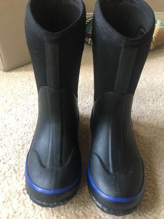 Storm winter boots