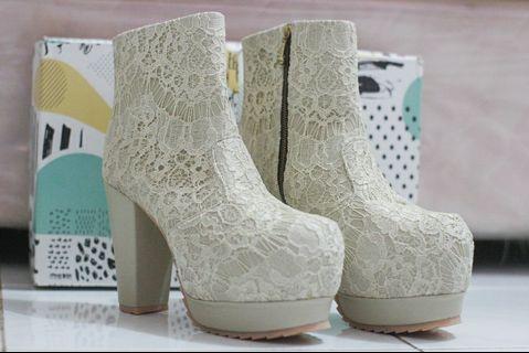 Heels Brukat Boots Pesta Kondangan Wedding Shoes Elegan Adorable Project Custom