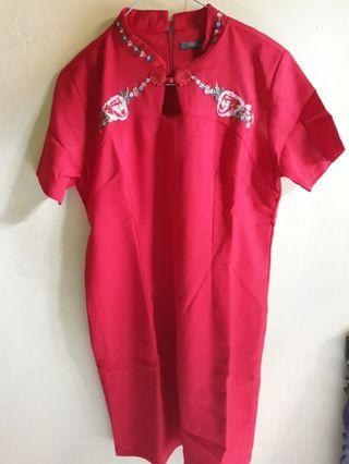 Dress cheongsam merah