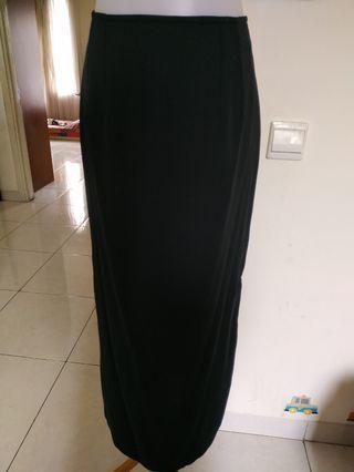 Black Long Skirt ghea #bagibagi