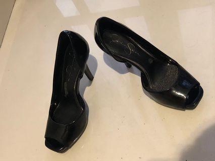 Jessica Simpson peep toe in black patent