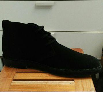Sepatu BANANA REPUBLIC - Boots Casual