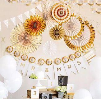 Gold paper fans decoration